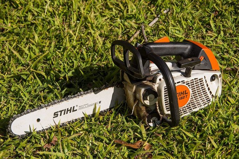 Small-chainsaw