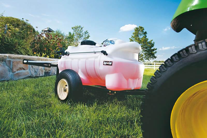 Tow-behind-sprayer